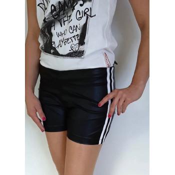 Krátké šortky
